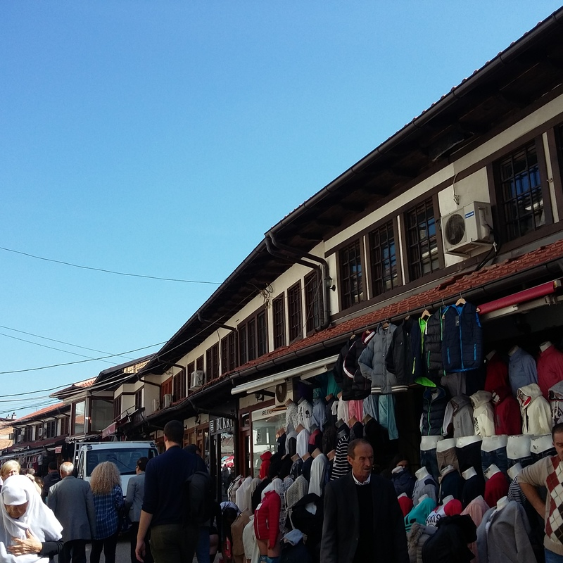 Long bazar peja